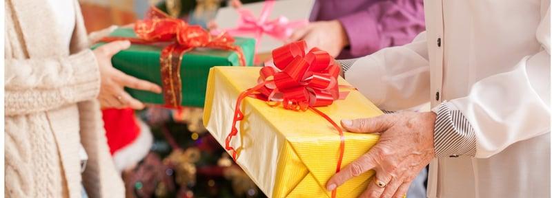 Cómo evitar momentos incómodos en el intercambio navideño