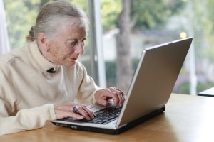 elderly-woman-at-computer