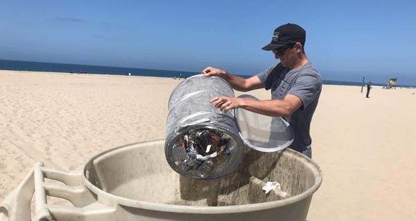 beach-clean-up-newport-beach-surfrider-foundation-wind-water-real-estate_2