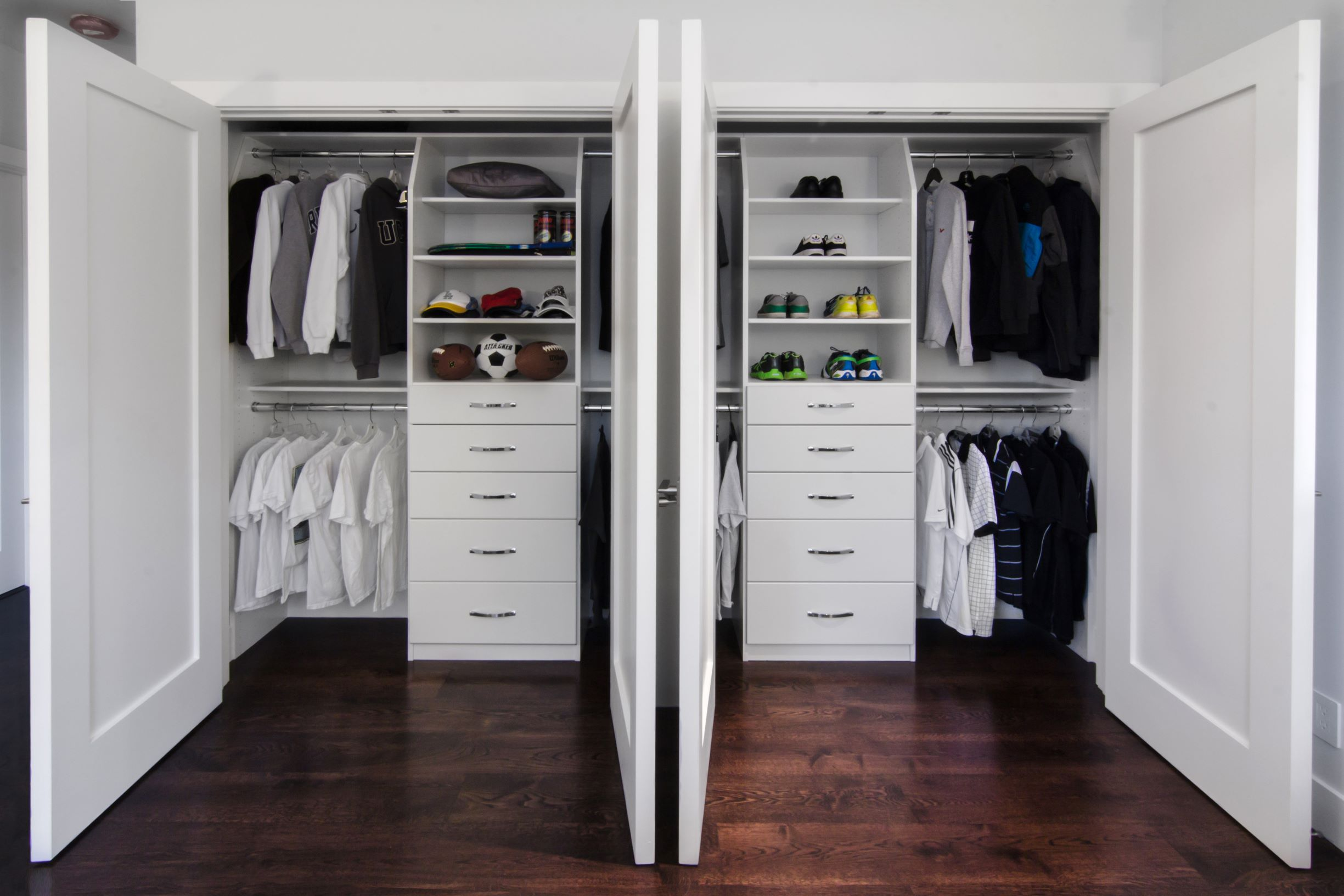 2012-12-08_Reach-In Closet_White-PX
