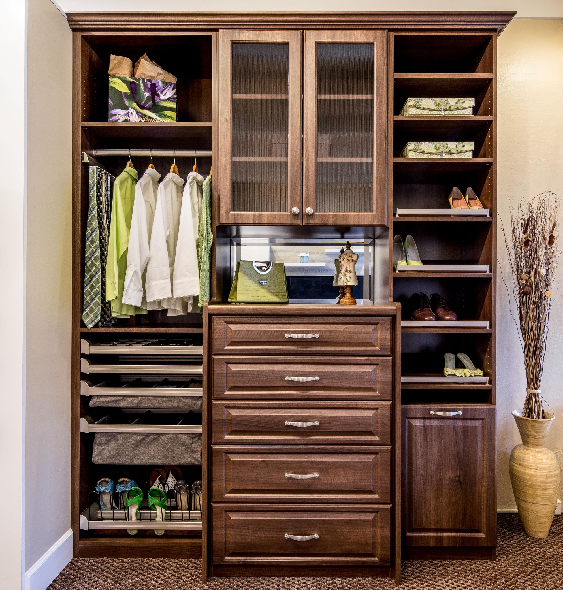 2017-02-07_ Reach-In Closet_Italian Walnut (8)-PX