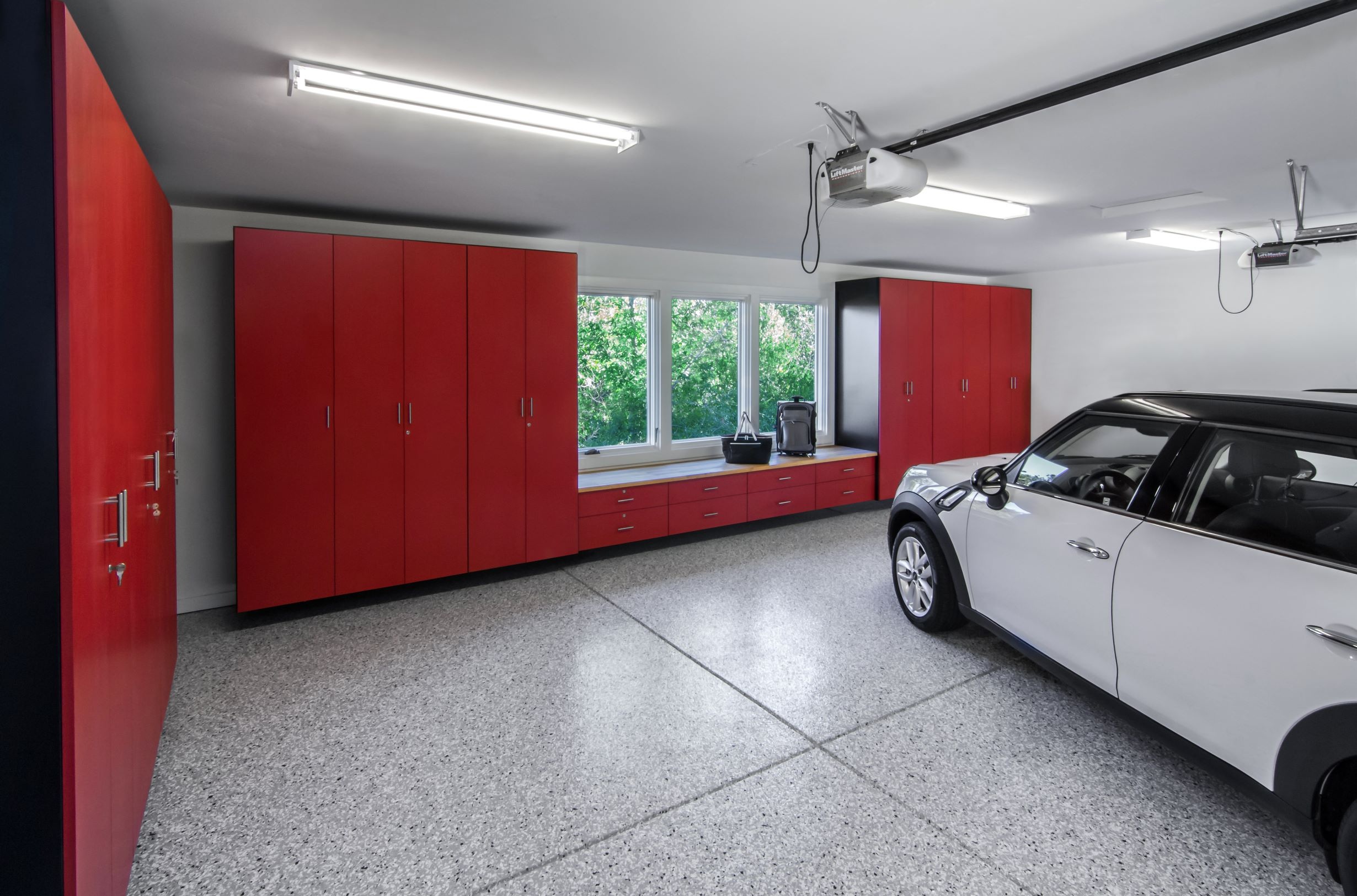 2013-01-19_Garage_Black with Red HPL Fronts_Yosemite Epoxy-PX