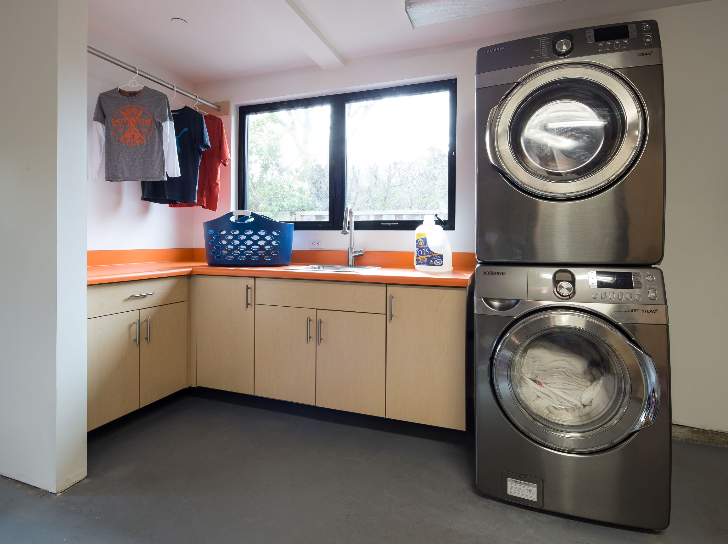2015-01-27_Laundry Room_Vermont Maple-PX