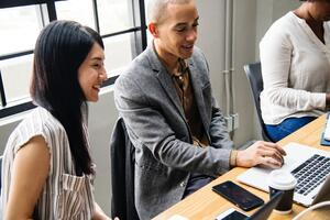 4 Tips to Introducing a Formalized Mentoring Network at Your Company