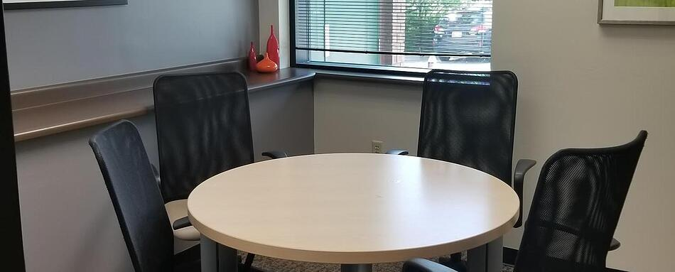 Fifth interior picture of our Park Meadows Lone Tree Office Evolution Location