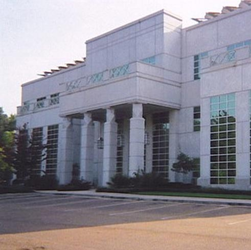 Exterior photo of our Flowood (Jackson) location