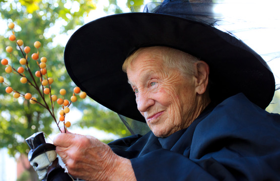 Goofy-costumes-create-healthy-and-happy-Halloween-for-seniors-in-West-Seattle.jpg
