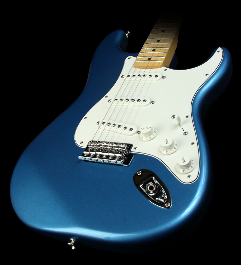 rock and roll history classic guitars fender stratocaster. Black Bedroom Furniture Sets. Home Design Ideas