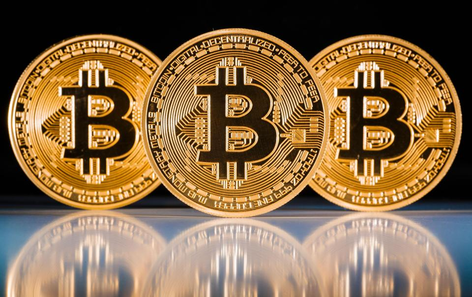 The Bitcoin Bubble - could Seinfeld help us? - Zoe Personal Finance Blog - Bitcoin - Bubble - Zoe Financial