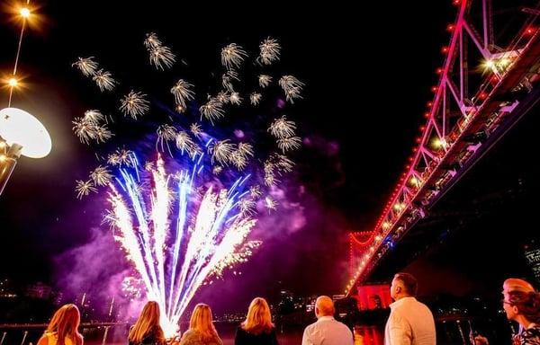 new years eve fireworks brisbane