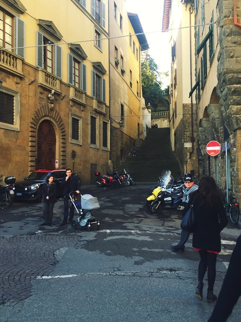 CAPAStudyAbroad_Florence_Spring2015_From_Emily_Kearns_-_street_scene.jpg