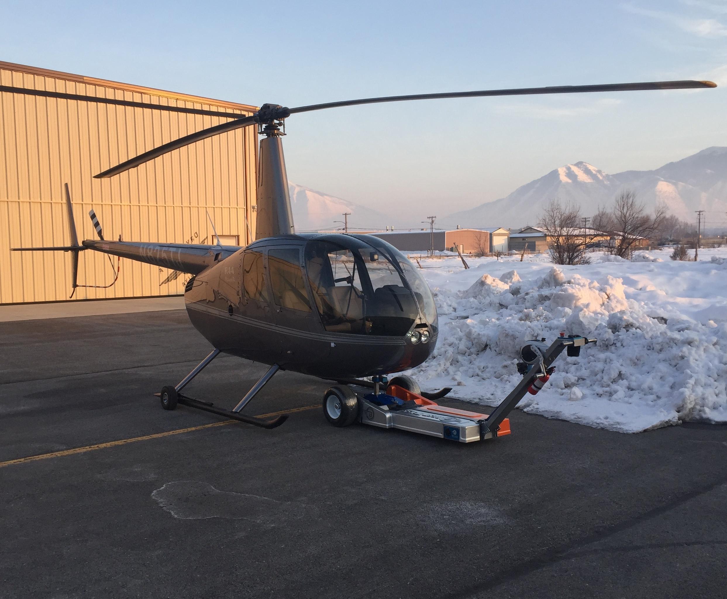 Helicopter Tug.jpg