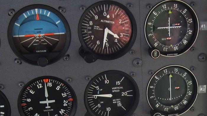 business-jet-cockpit-sm
