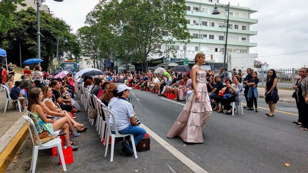The Fashion Industry in Puerto Rico is booming! Learn more in the MakersValley Blog.