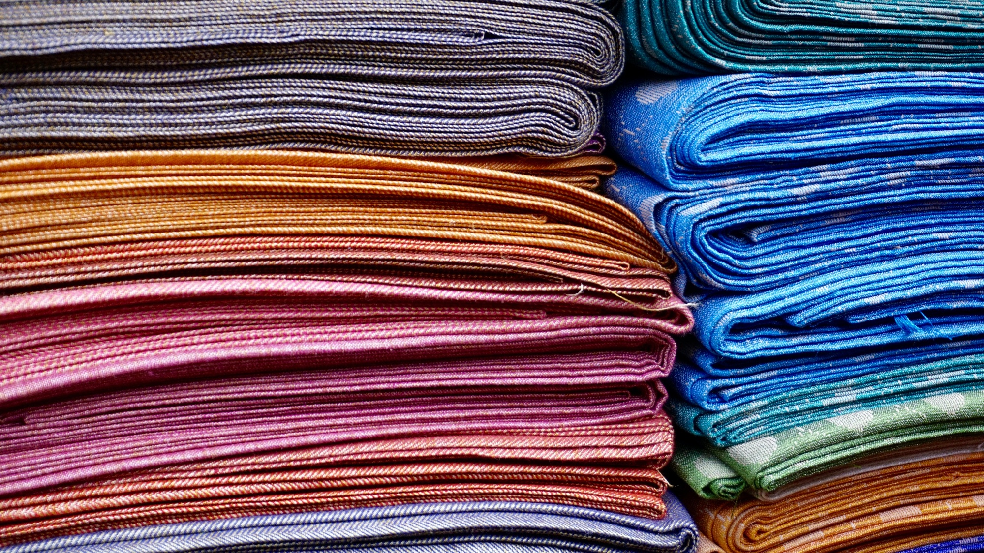 MakersValley Blog| Fashion Fabrics & Materials Every Designer Should Use