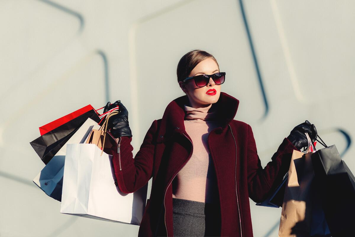 MakersValley Blog | 7 'The Devil Wears Prada' Myths About Successful Fashion Designers