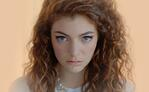 Lorde shows power of scrappy tactics