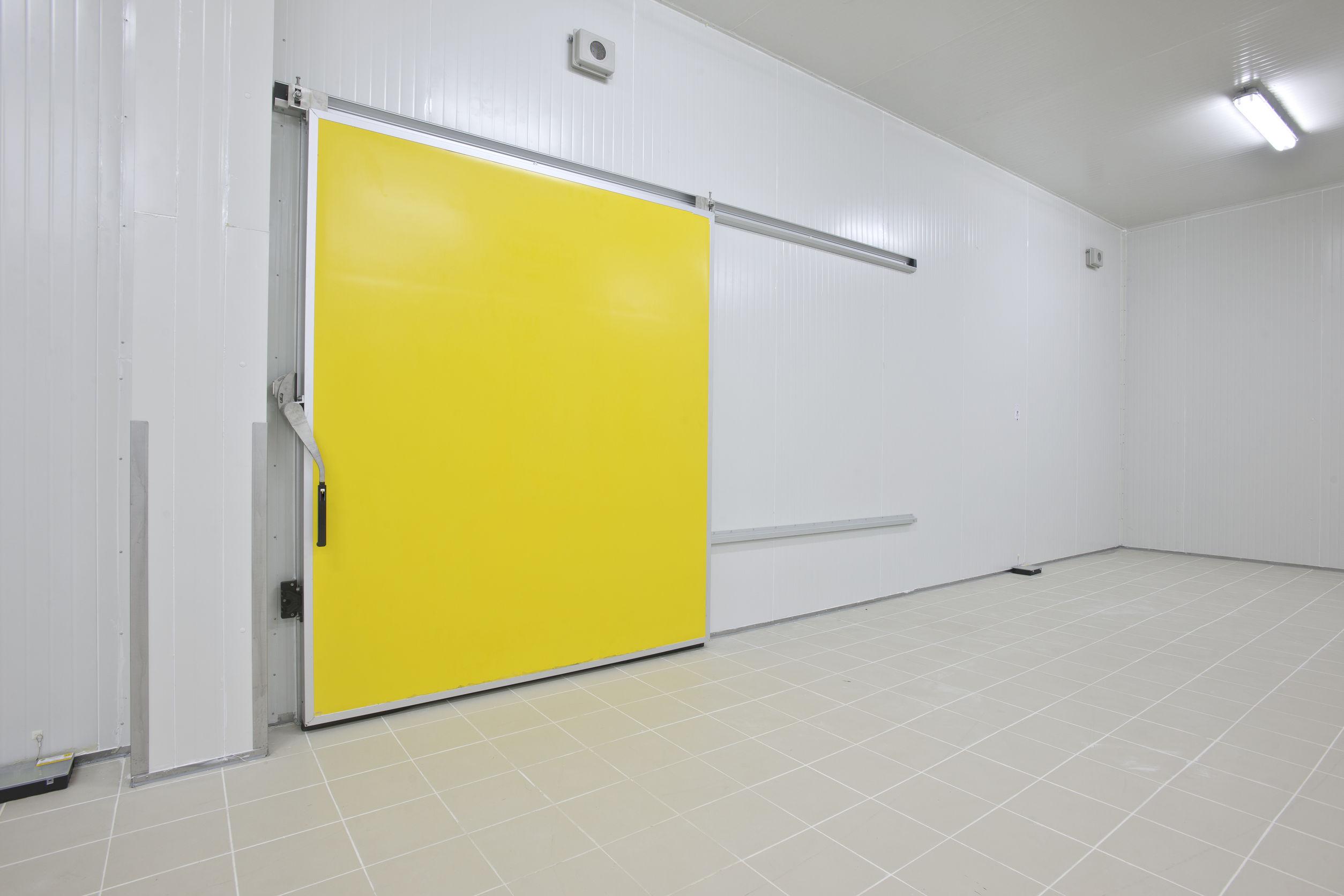 Внедрение холодной комнаты - отличное улучшение для сохранения ваших продуктов.