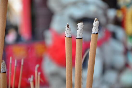 07-incense-stick.jpg