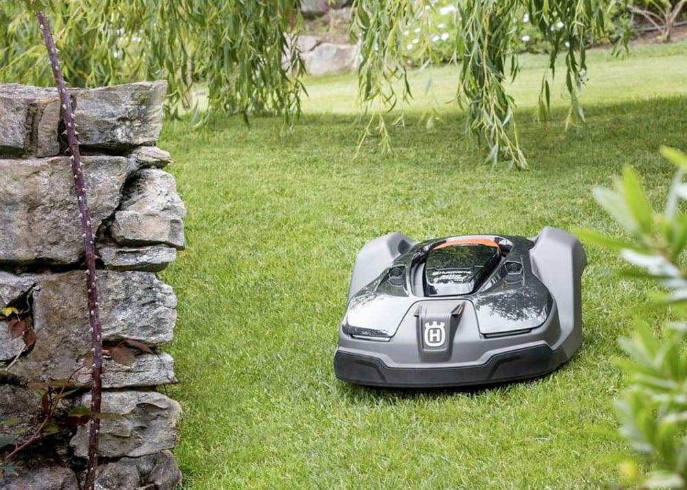 Robotic Lawn Mowers Amp Husqvarna Automower