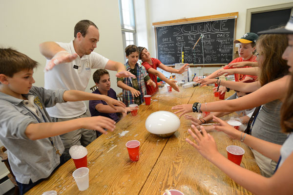 Collaborative learning at a middle school summer camp science class