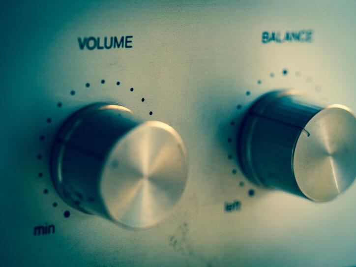 volume-949240_1920