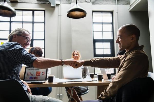 Se lancer comme solopreneur : statut juridique, avantages et contraintes au démarrage d'une activité de freelance
