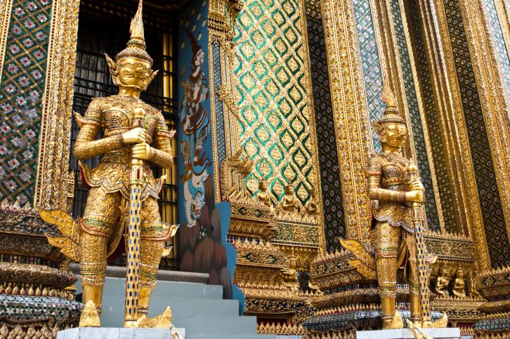 Palace_Tour_in_Bangkok_Thailand