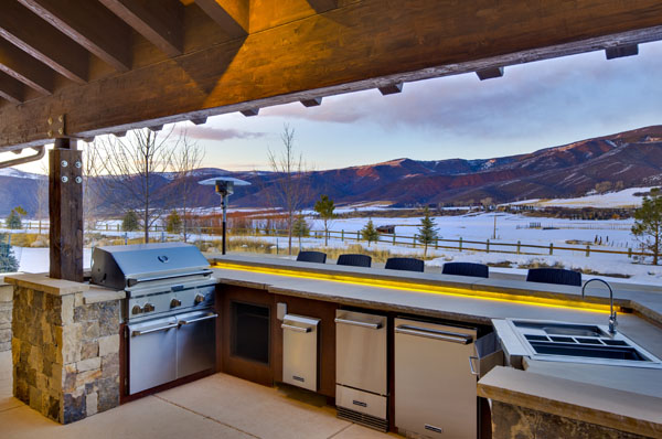 VISION House Aspen Outdoor Living