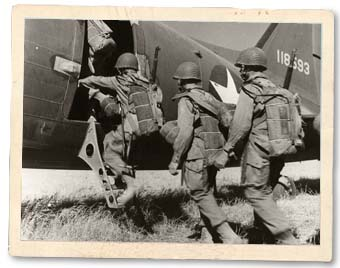 switlik-picture-paratroopers-board