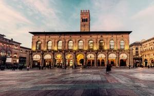 Piazza_Maggiore_-_Bologna
