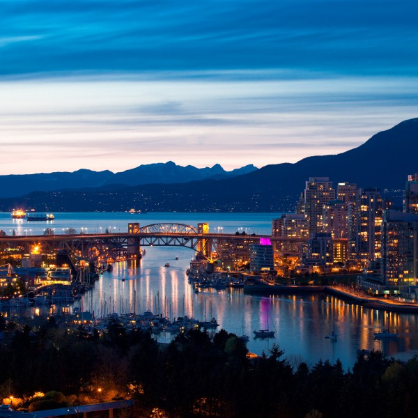Vancouver-At-Night-600x600