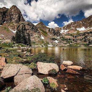 Hiking-Gore-Lake-in-East-Vail_web