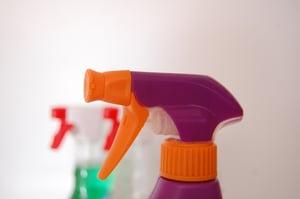 hand-liquid-finger-red-color-bottle-923342-pxhere.com