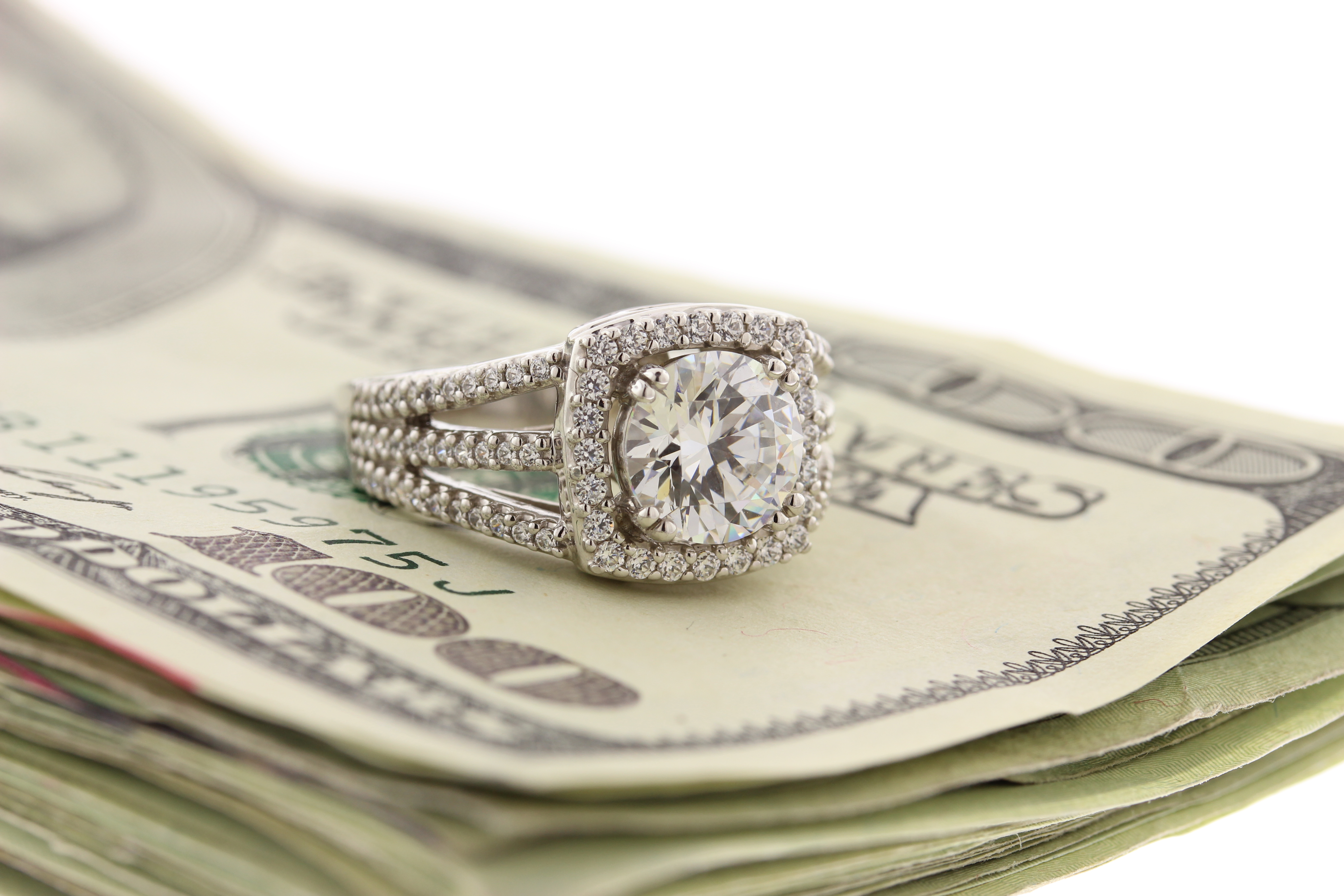 how much to spend on diamond engagement rings