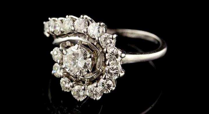 8 Beautiful Vintage Diamond Engagement Rings Under $3 000