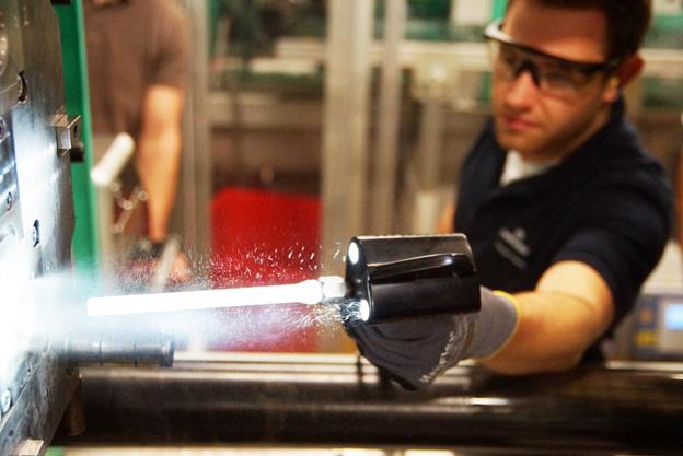 Jak zakład produkcyjny może skrócić przestoje produkcyjne i zwiększyć swoją wydajność?