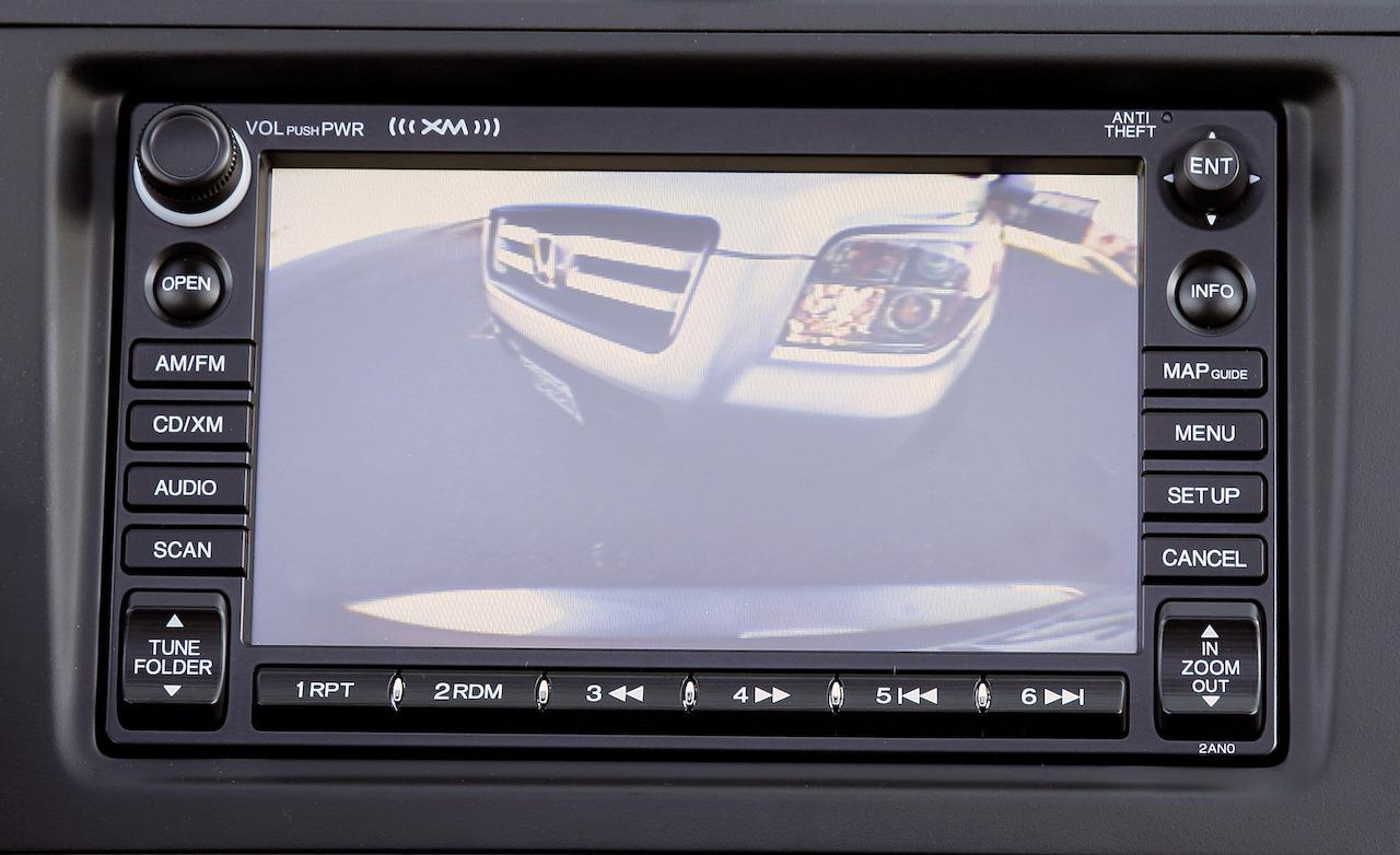 2009-honda-cr-v-ex-l-back-up-camera-display-photo-324414-s-1280x782