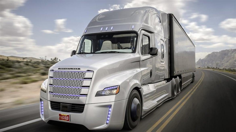 Daimler Autonomous Truck-1