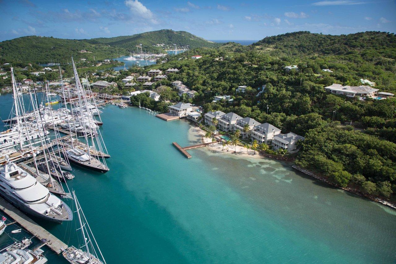 South_Point_vue_sur_eau_Antigua_Citoyennete_par_investissement.jpg