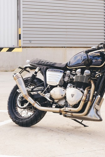 escapes-caferacer-min-1