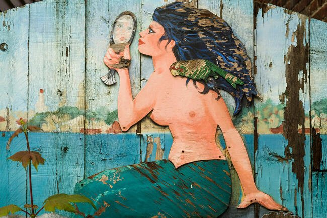 USA, Massachusetts, Cape Ann, Gloucester, mermaid art
