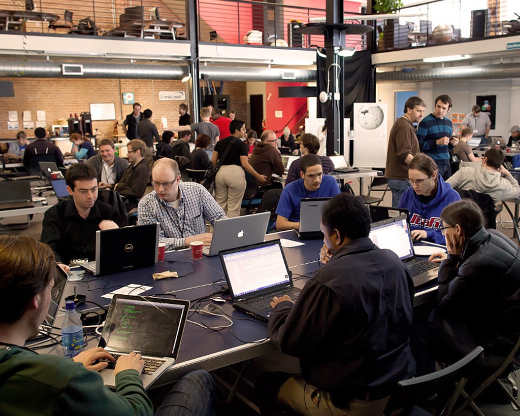 Innovation through hackathons