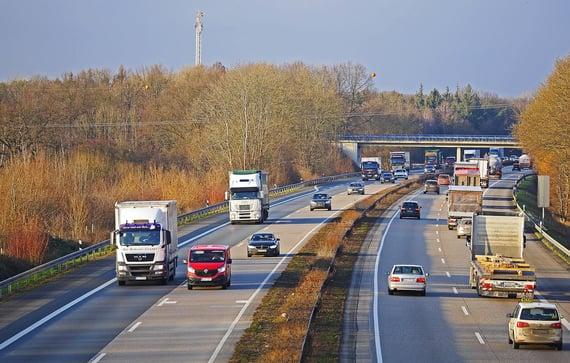 highway-2104379_1280