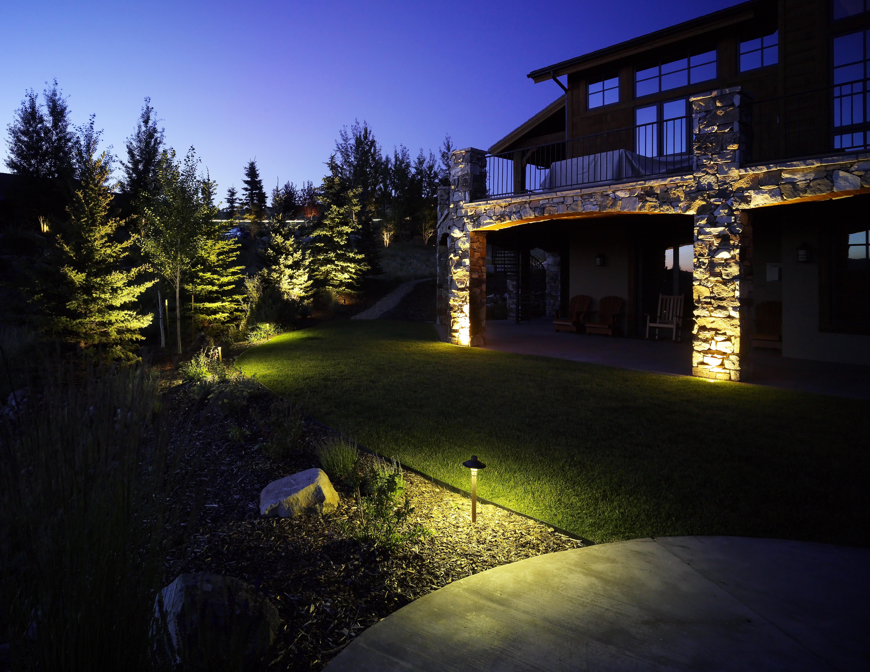 english-garden-lighting.jpg