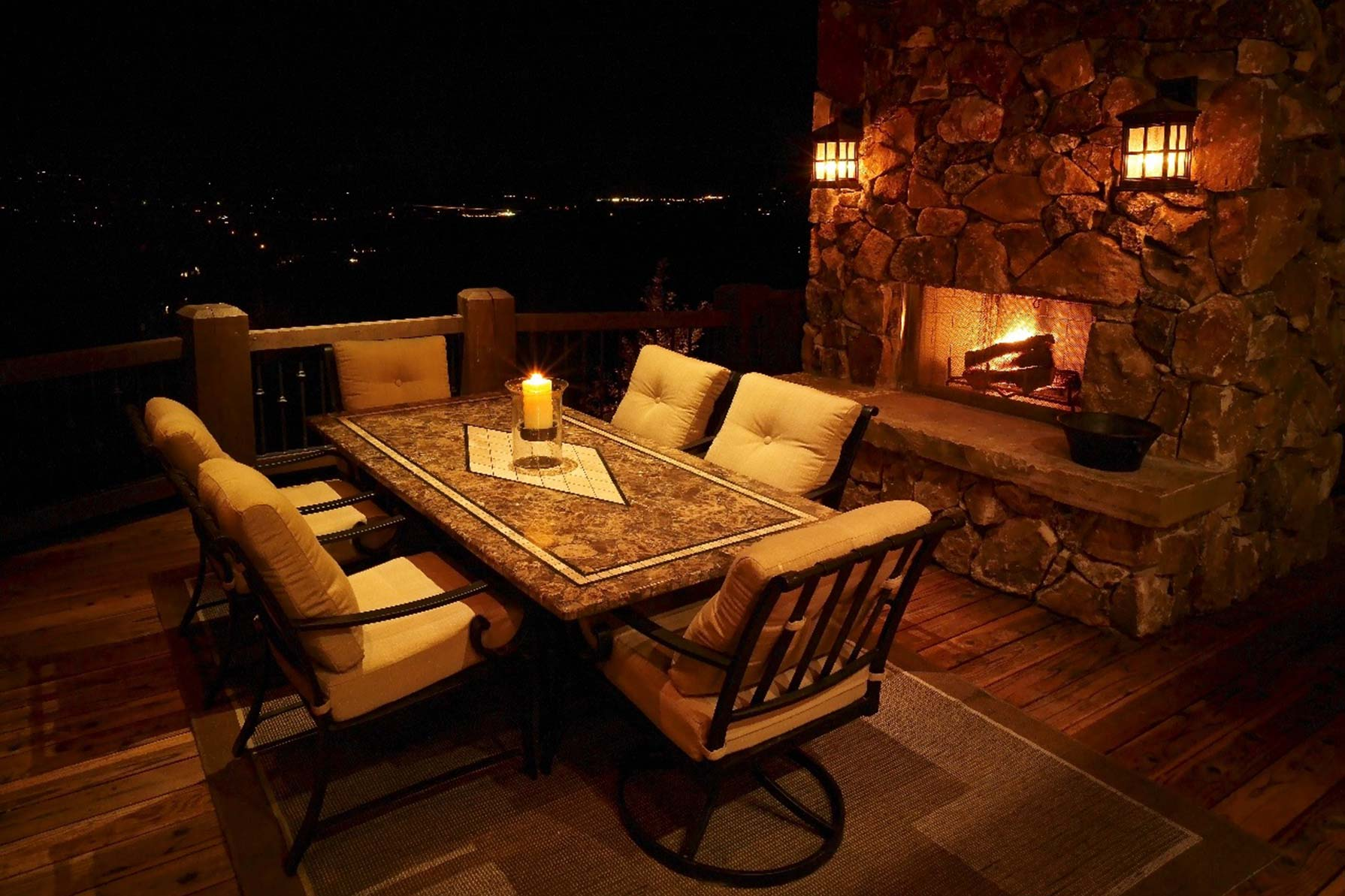 Patio pergola and deck lighting ideas and pictures for Balcony lighting ideas