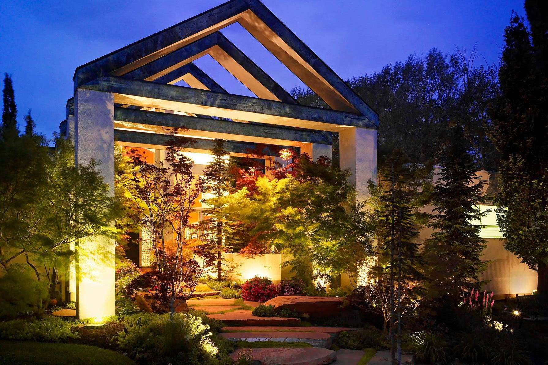 Outdoor security lighting ideas for Architectural landscape lighting