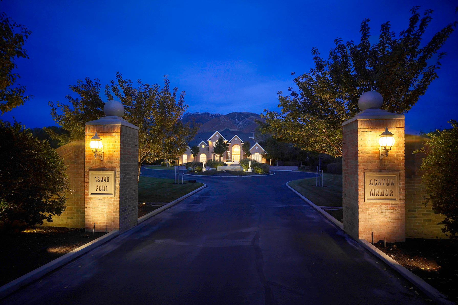 outdoor securtity lighting entry lighting water feature draper utah