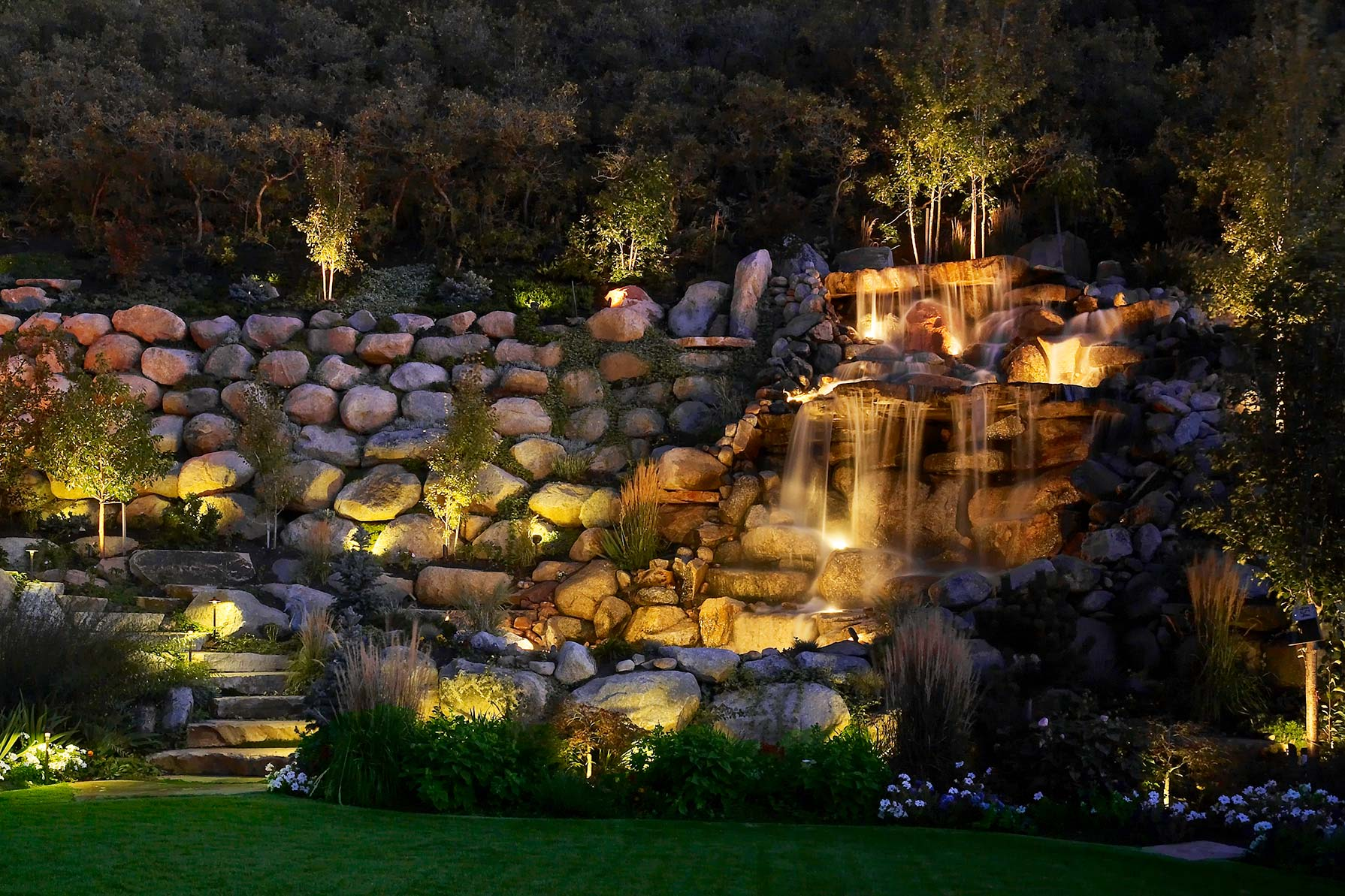 Water feature pond and pool lighting ideas and pictures for Garden pond lights