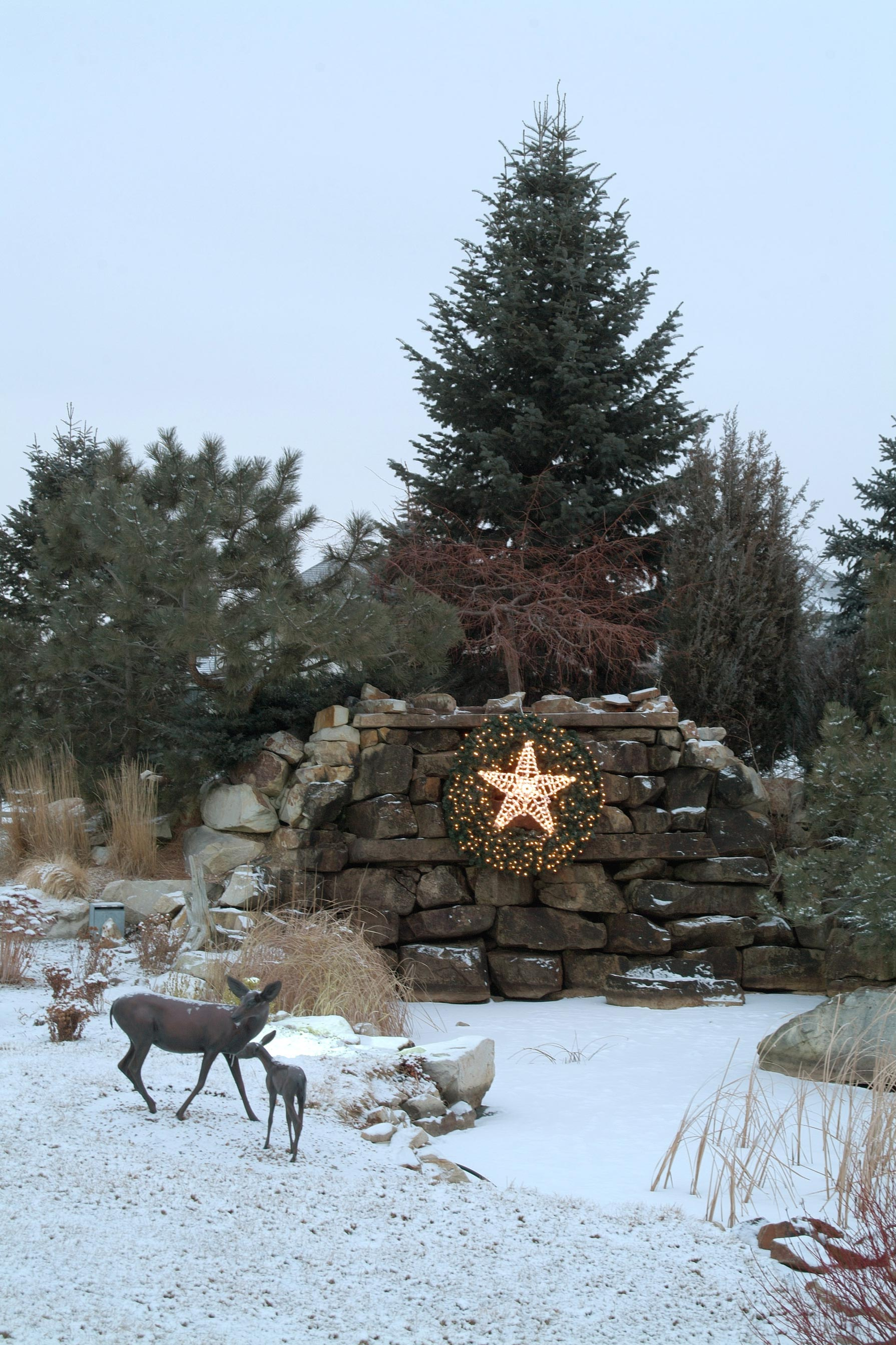 ... and Christmas Lighting Gallery by Landscape Lighting Pro of Utah